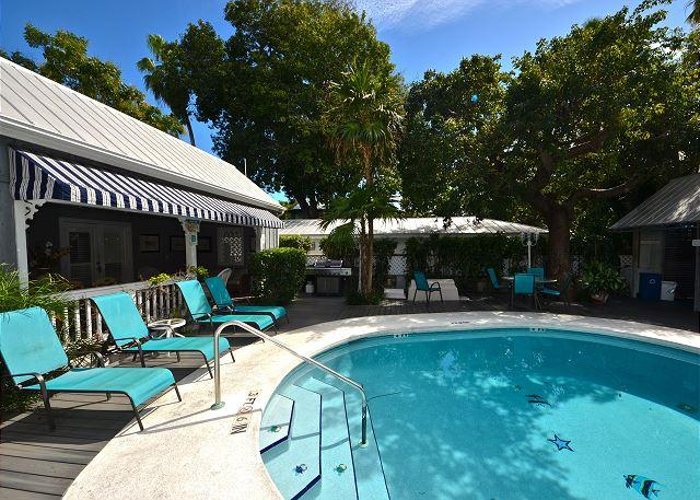 The Family Pool Is Open From 8 AM to 10 PM & Offers A BBQ Grill As Well As Plenty of Lounge Chairs - Sunset Suite - Romantic Getaway for 2 - Private Hot Tub - 1/2 Block To Duval - Key West - rentals