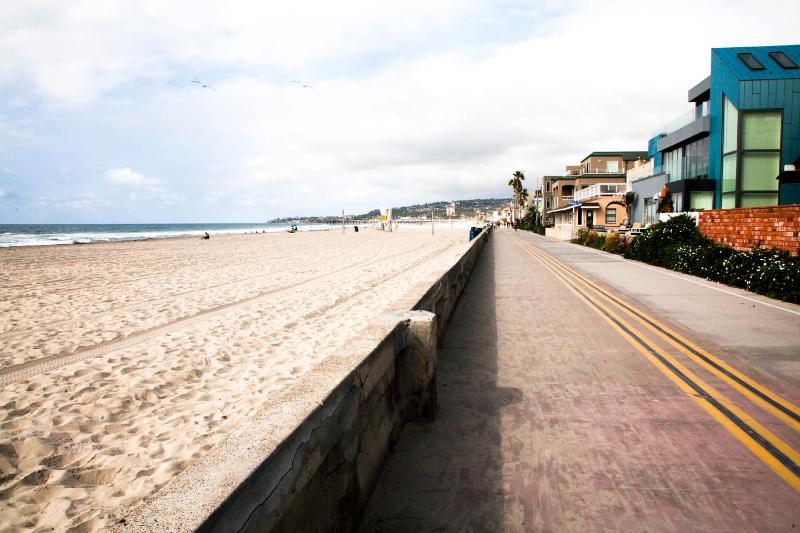 49 Steps to the Ocean or the Bay - Image 1 - Pacific Beach - rentals