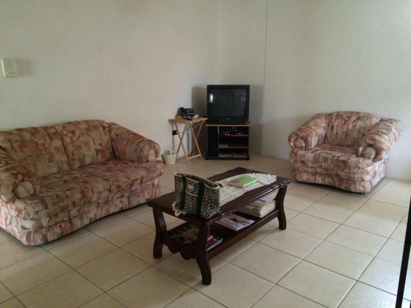 Welches Apt 3 - Large apt close to Dover Beach - Image 1 - Dover - rentals