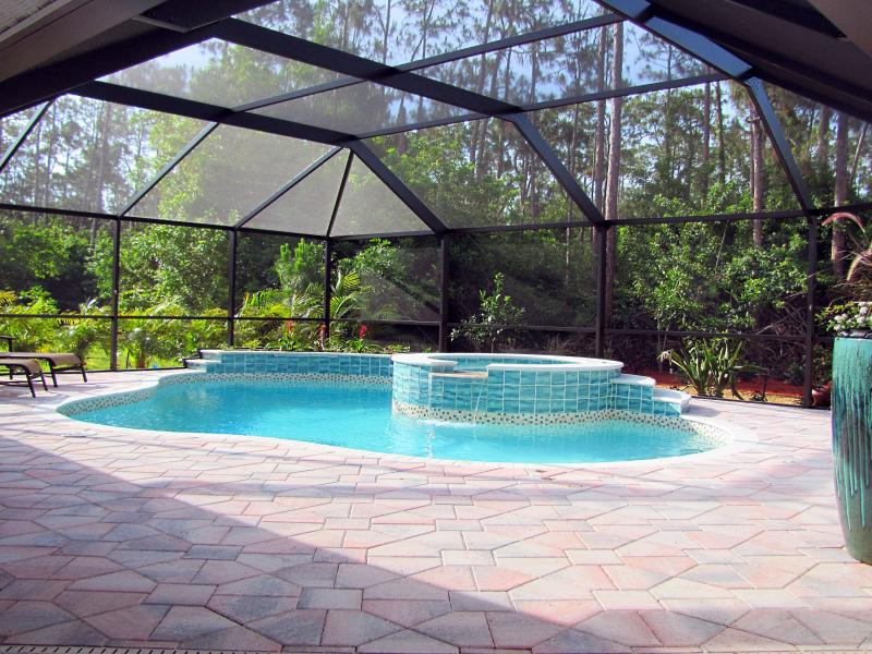 Private Secluded Heated Salt Water Pool & Spa - 2 Master Suites Beach Villa with Heated Pool/Spa - Naples - rentals