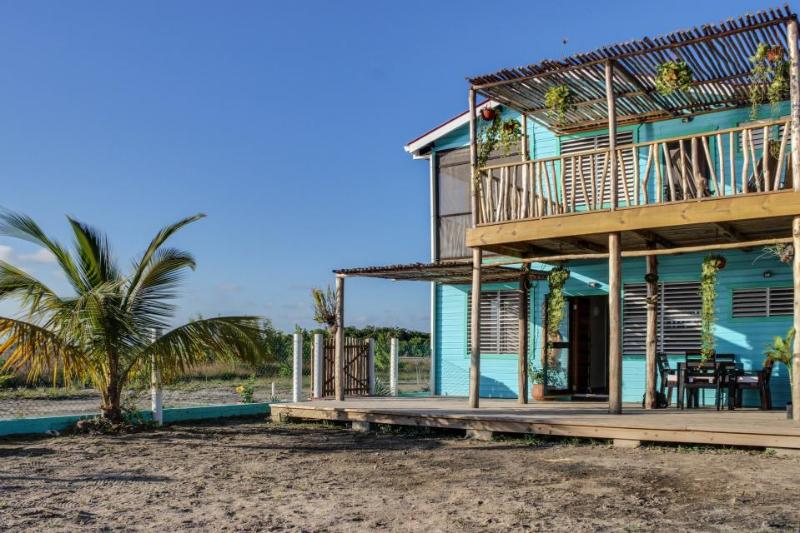 Lagoon-front home with a deck, beach access, bikes & kayak! - Image 1 - Placencia - rentals
