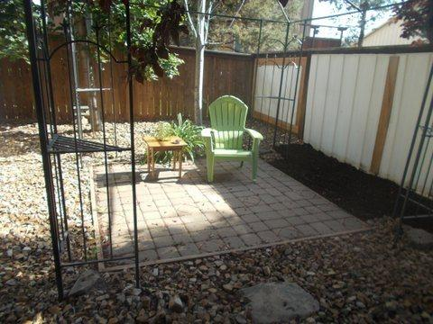 Furnished 1 Bedroom Apartment Near Hospital. Pet Friendly, Fenced Yard - Image 1 - Bend - rentals