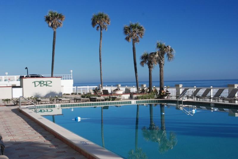 Daytona Beach Resort Studios and 1 Bedrooms - Image 1 - Daytona Beach - rentals