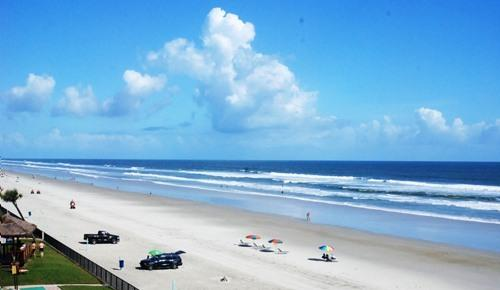 View from Balcony - Hawaiian Inn Resort - Oceanfront - Daytona Beach - rentals