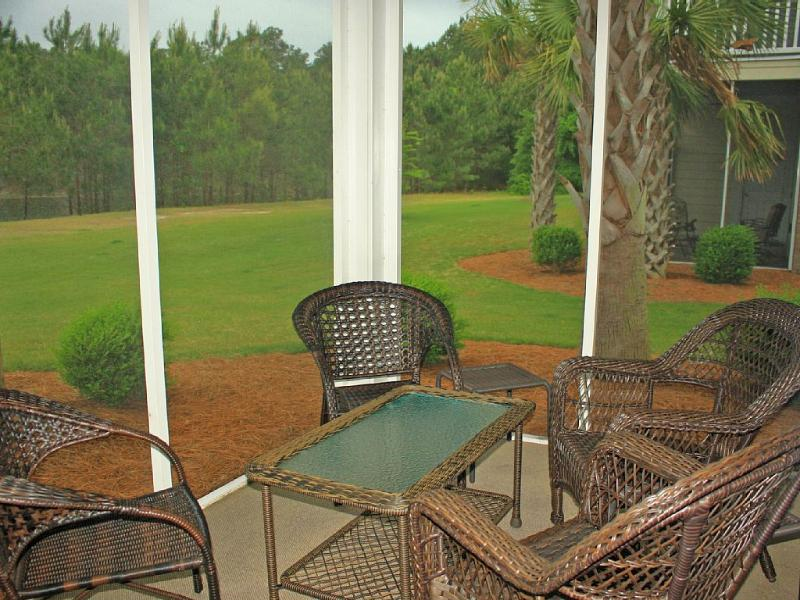 NICELY FURNISHED, SCREENED IN, REAR PATIO - Spacious & Upscale 3 bd/ 2 ba in Barefoot Resort! - North Myrtle Beach - rentals
