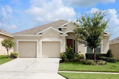 Villa frontage - view from Teascone Blvd, Windsor Hills - Windsor Hills Resort Luxury 4 bed/ 4 bath Villa - Kissimmee - rentals