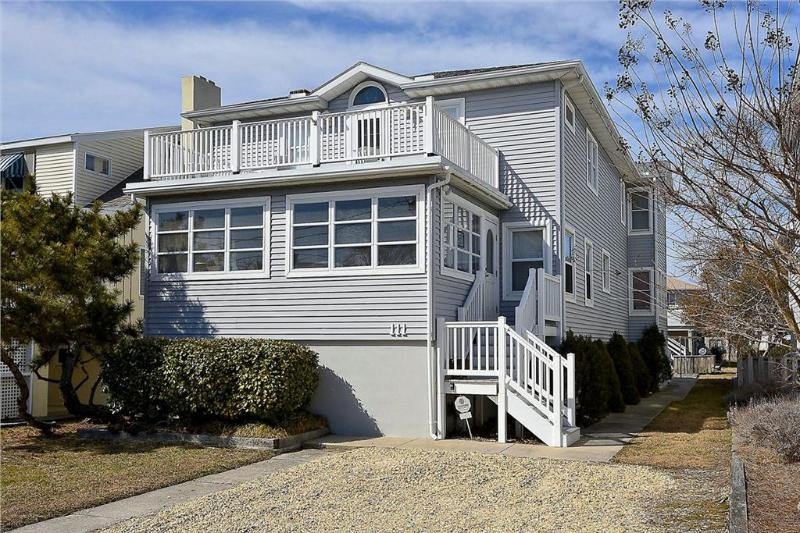 Remodeled Bethany Beach classic home. Only 1/2 block to the ocean! - Image 1 - Bethany Beach - rentals