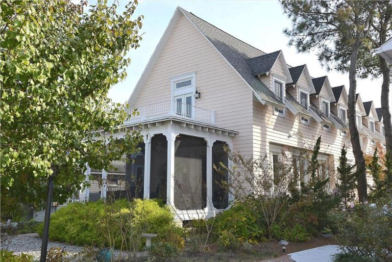 Luxury 6 bedroom home - Close to the beach - Image 1 - Bethany Beach - rentals