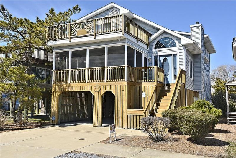 Well maintained 6 bedroom home - 1/2 block to ocean - two streets north of Bethnays main street. - Image 1 - Bethany Beach - rentals