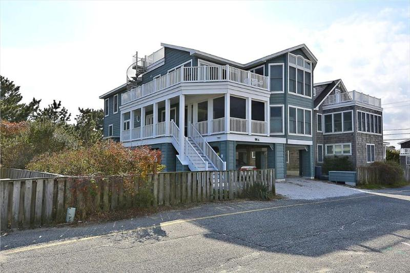 Steps to the beach! 6 bedroom house with ocean views - Image 1 - Bethany Beach - rentals