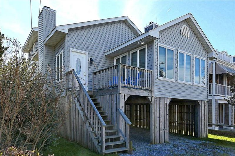 Less than 1 block to the ocean! 4 bedroom house with sun porch! - Image 1 - Bethany Beach - rentals
