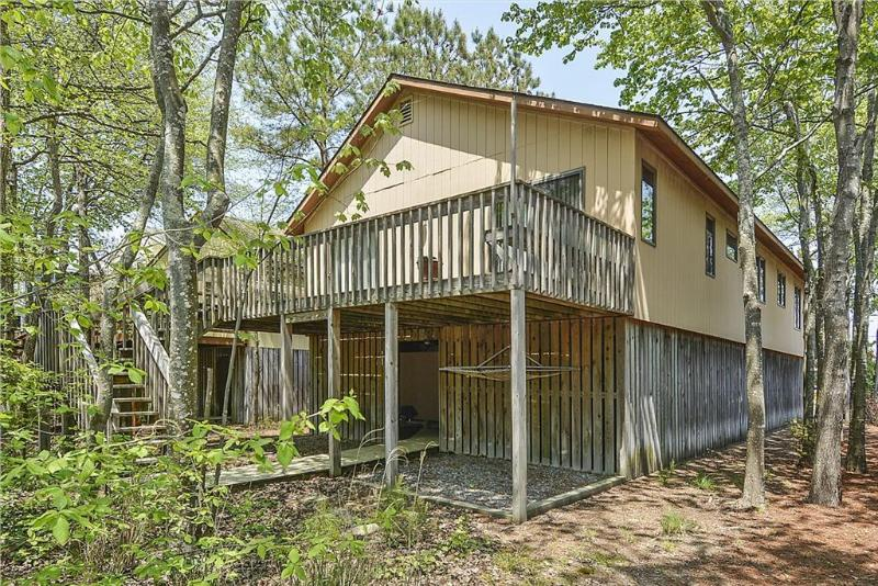 Quiet 4 bedroom home on wooded lot - Image 1 - Bethany Beach - rentals