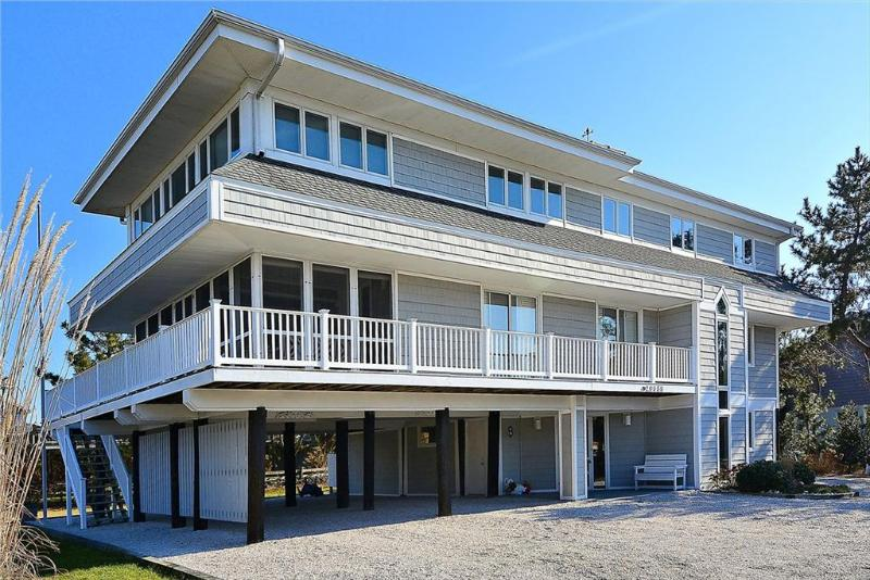 Just steps to beach with views of the ocean and bay from the upper deck! - Image 1 - Cedar Neck - rentals