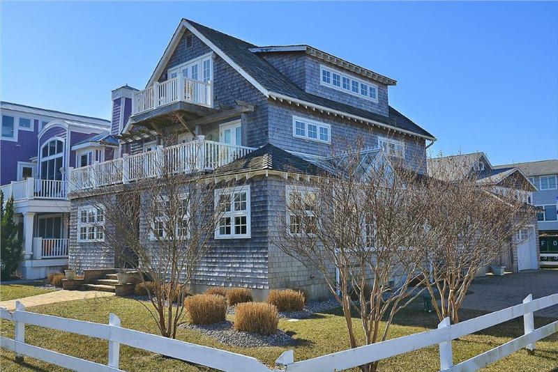 Unique 6 bedroom home - Close to the ocean! - Image 1 - Bethany Beach - rentals