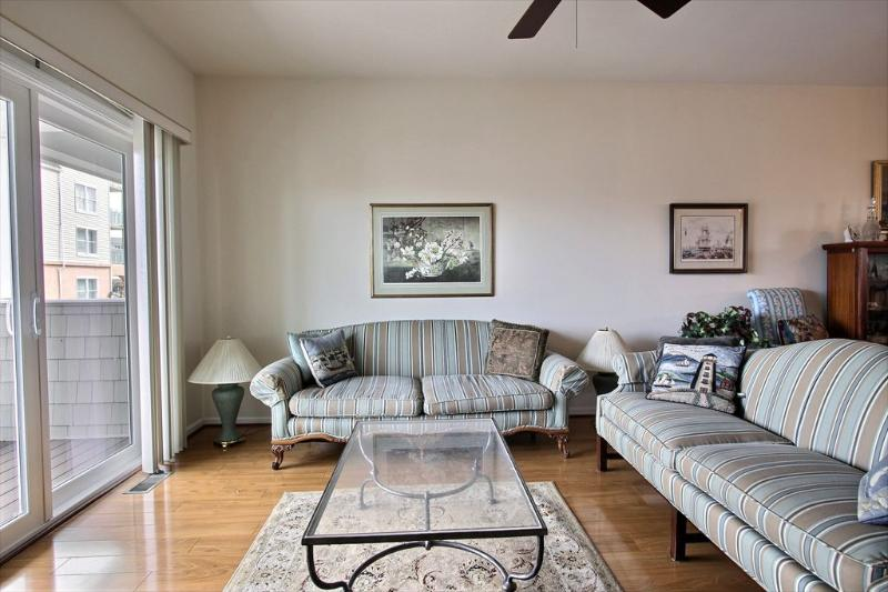 TH622 30659 - Image 1 - Diamond Beach - rentals