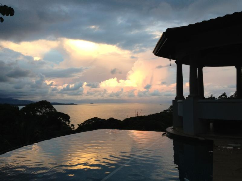 June sunset from the pool patio - Ocean View Home -3 Suites Casa De Carroll - Dominical - rentals