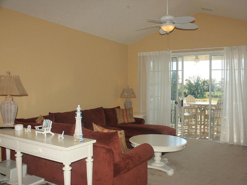 Living room with large sectional seating and vaulted ceilings. - New Luxury 3BR Condo with a Great View!!!! - North Myrtle Beach - rentals