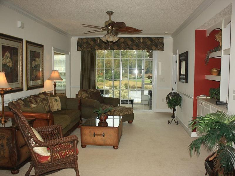Great views of the pond and 16th hole of the Norman course - Gorgeous 3BR/2BA luxury villa!!! Great Rates! - North Myrtle Beach - rentals