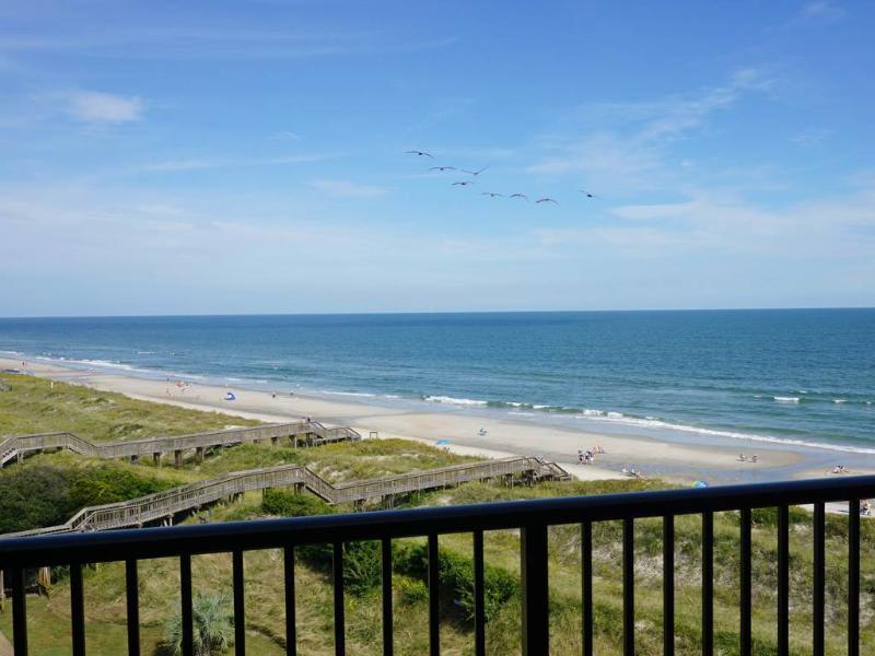 Sandpiper Run B5C - Oceanfront - Image 1 - World - rentals