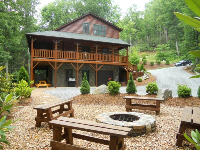 Fire Pit view of AnnAlisa Cabin - Log Cabin, Hot Tub, Fire Pit, Pool Table, Wi-Fi - Boone - rentals