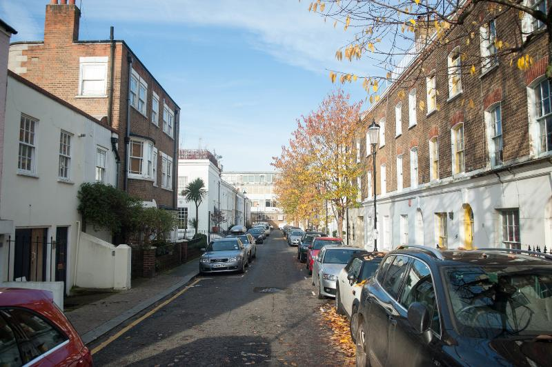 Lovely one-bedroom home in Notting Hill. - Image 1 - London - rentals