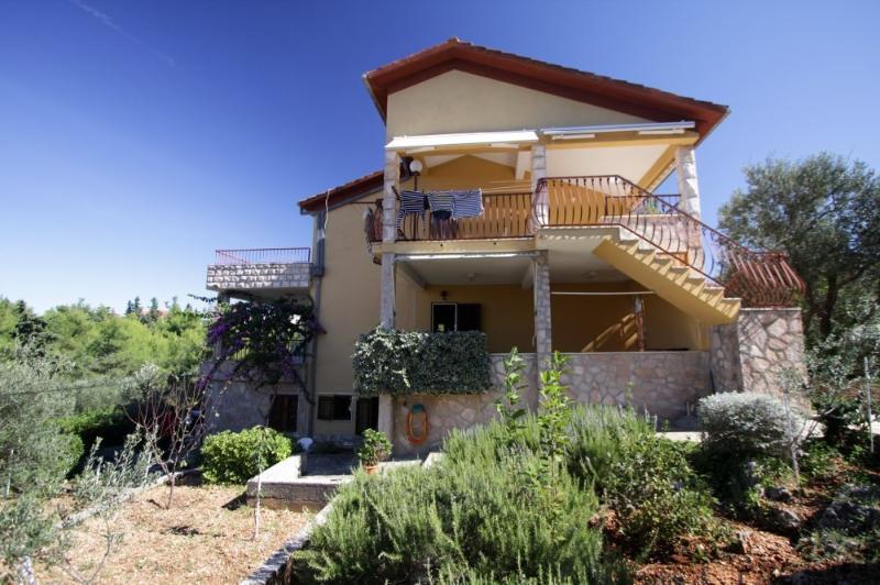 house - 8345  A2(2+1) - Supetar - Supetar - rentals