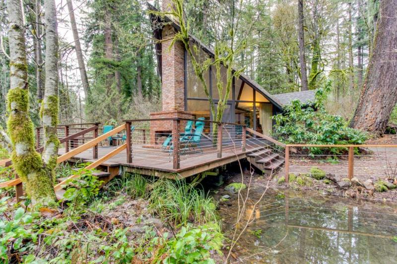 Unique, dog-friendly woodland cabin w/ a detached studio, on the McKenzie River! - Image 1 - Finn Rock - rentals