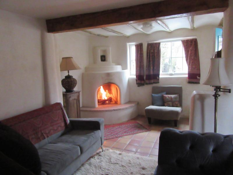 Cozy Kiva Fireplace - Charming Newly Renovated Adobe, Historic Eastside - Santa Fe - rentals