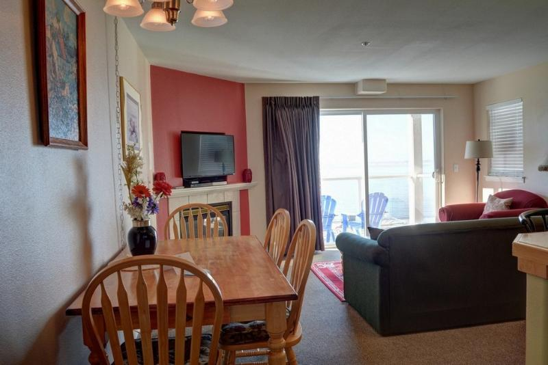 Waters Edge 207 ~ RA5892 - Image 1 - Lincoln City - rentals