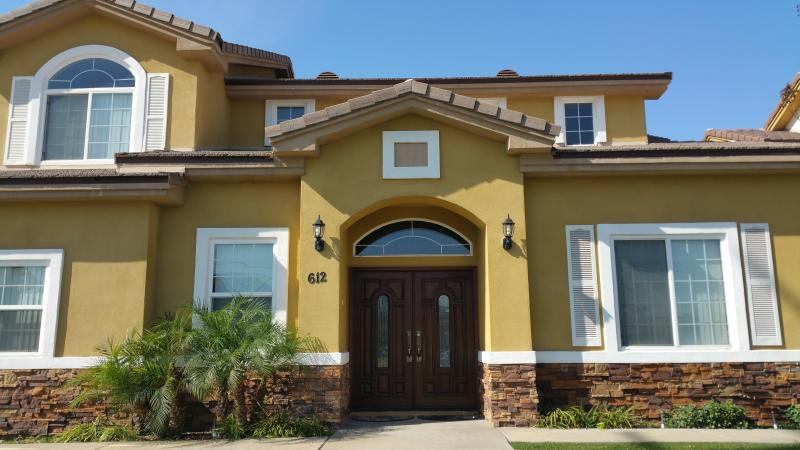 Front View of Home - Luxurious Family Home Located in the Heart of O.C. - Santa Ana - rentals
