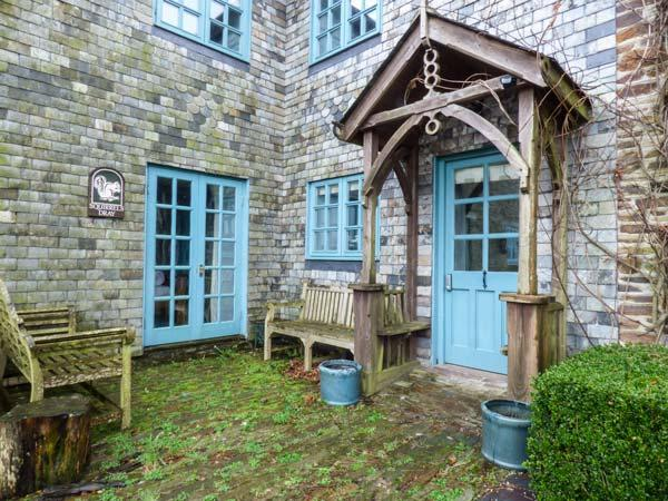 SQUIRRELS DRAY, barn conversion, en-suites, off road parking, shared courtyard with swim spa, in Gorran Haven, Ref 933001 - Image 1 - Gorran Haven - rentals
