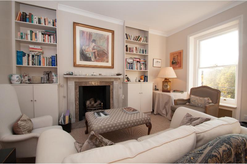Cadogan Place, 1 bedroom boutique apartment, Knightsbridge - Image 1 - London - rentals