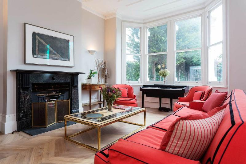 Elegant London 5 Bed Home, Clapham Common - Image 1 - London - rentals