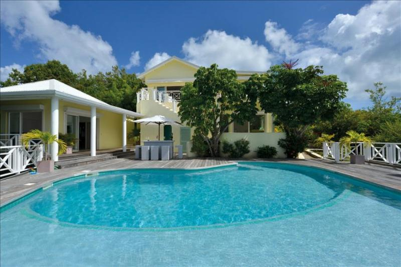 6 bedroom spacious villa with view of ocean and simpson bay lagoon - Image 1 - Terres Basses - rentals