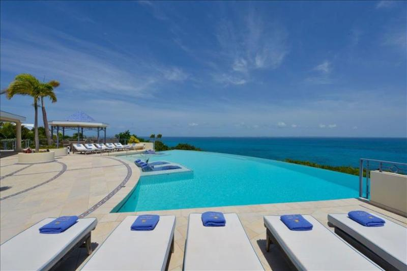 Luxurious Cliffside Villa, perfect for a large group - Image 1 - Terres Basses - rentals