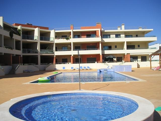 ALGARVE APARTMENT - close to beach, free Wi-Fi - Image 1 - Lagos - rentals