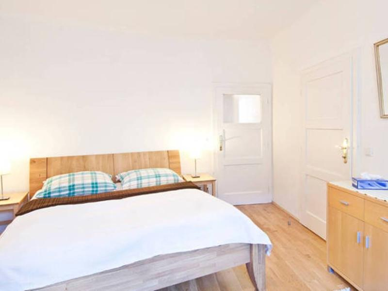 Jump to City Center - 2 Rooms/For 5s - Image 1 - Vienna - rentals