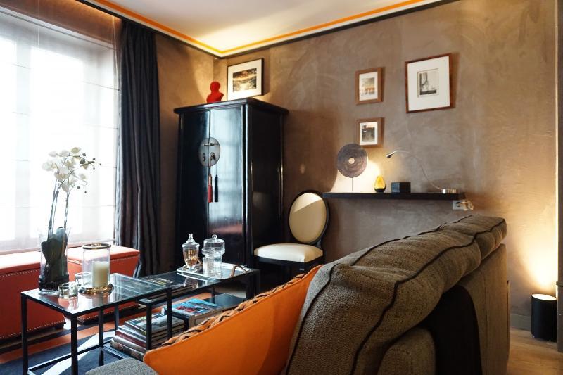 rue de Ponthieu 75008 PARIS - 108040 - Image 1 - Paris - rentals