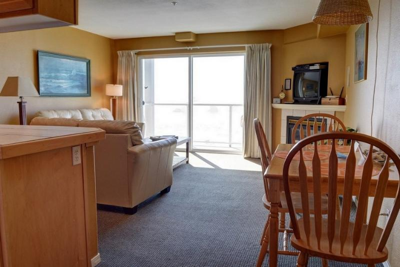 Waters Edge 312 ~ RA5899 - Image 1 - Lincoln City - rentals