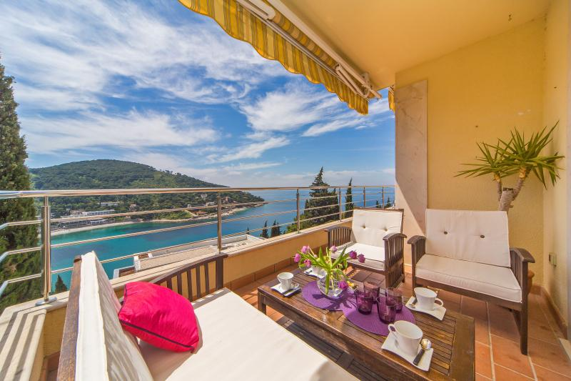 Relax in style and soak up the sea view from your balcony - Reve Bleu | Fantastic Seaside 2-BR with Balcony, Terrace and Parking! - Dubrovnik - rentals