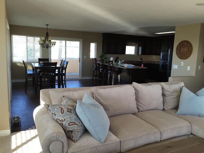 Newly Remodeled Pierpont Beach Property - Image 1 - Ventura - rentals