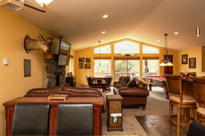 5-Star Luxury Cabin! Great Location! Pool! Darts! - Image 1 - South Lake Tahoe - rentals