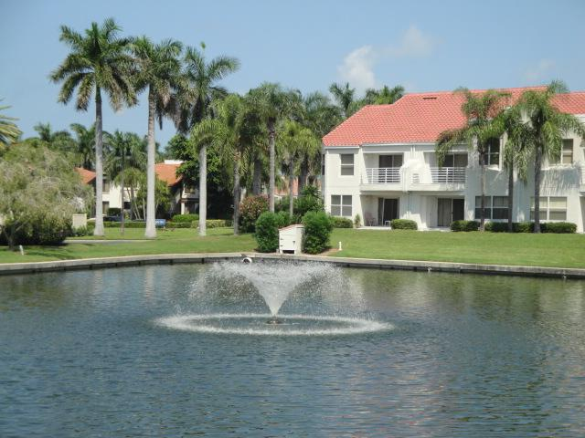 Welcome to Vista Verde East - Palm Trees & Coastal Breezes! Endless Fun on Isla - Saint Petersburg - rentals