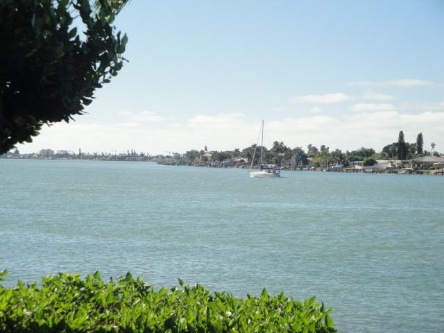 "Smooth Sailing on Boca Ciega Bay - Have a ""Sand~Sational"" Time on Isla del Sol - Saint Petersburg - rentals"