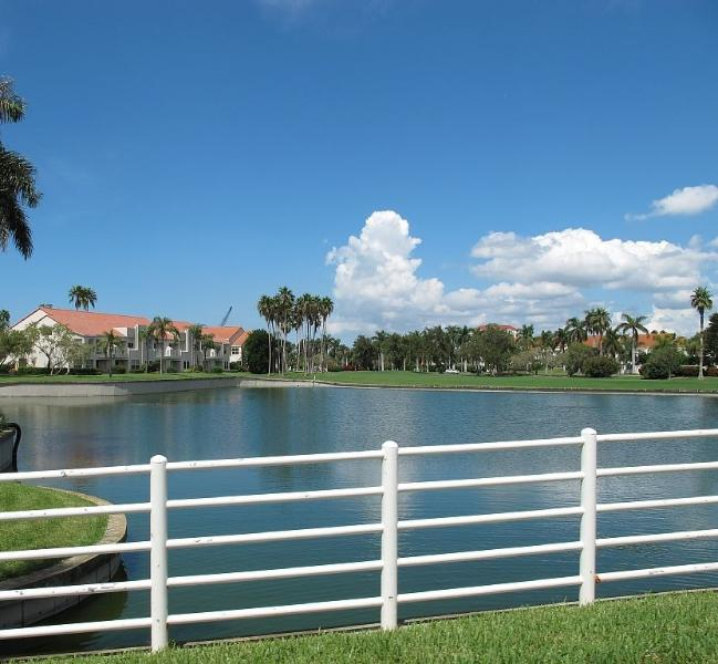 One of many island ponds overlooking Vista Verde West. - If You're not Barefoot~You're Overdressed on Isla - Saint Petersburg - rentals
