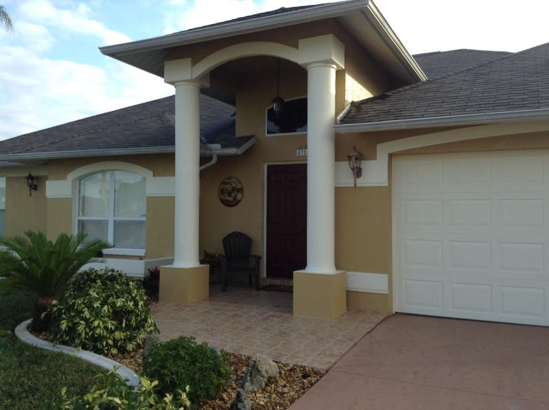 Beautiful, Tastefully Furnished Home in Southwest - Image 1 - Cape Coral - rentals