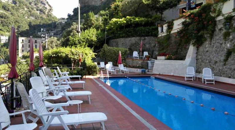 01 Cactus shared pool area - CACTUS Ravello/Atrani - Amalfi Coast - Ravello - rentals