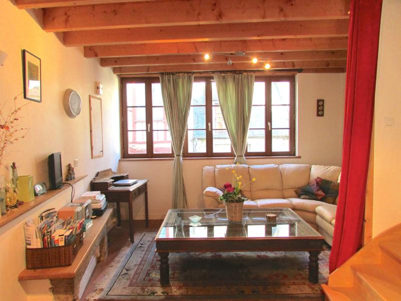 Lounge room 1st floor - Beautiful 3 bedroom property in Dinan (C010) - Dinan - rentals