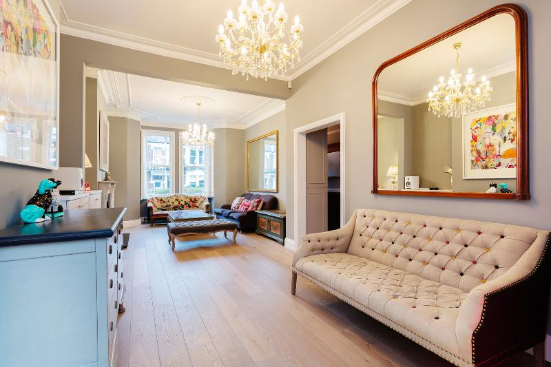 Elegant 4 bedroom family home on Kempe Road, Queen's Park - Image 1 - London - rentals