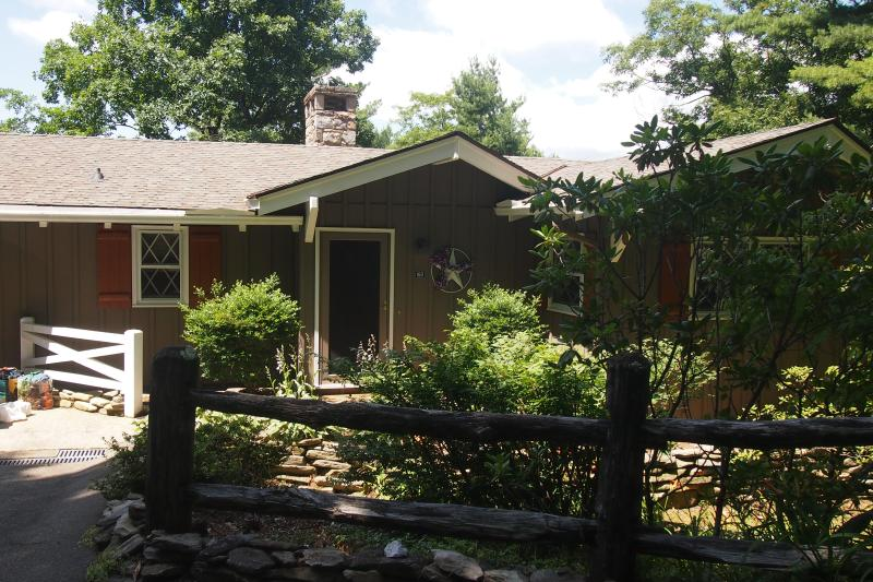 Blowing Rock Mountain House - Image 1 - Blowing Rock - rentals